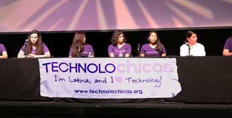 GCC Hosts TECHNOLOchicas