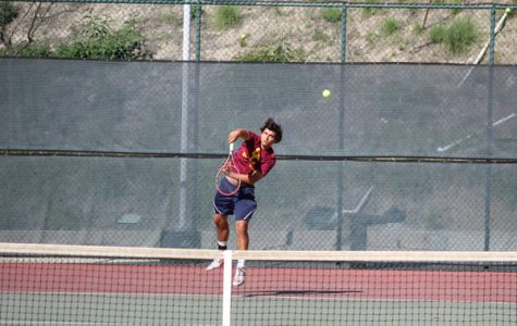 Vaquero Men's Tennis Pushing for the Playoffs