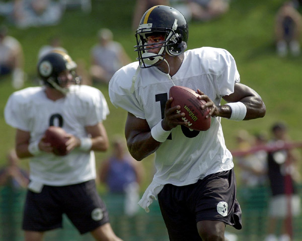 Photos by Associated Press Kordell Stewart warms up during practice.