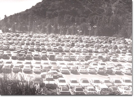 File Photo Parking: One of the biggest problems for students at Glendale College is the lack of parking available, especially in the morning. Many have found that a good alternative to searching for a parking space is to ride the bus to school which c