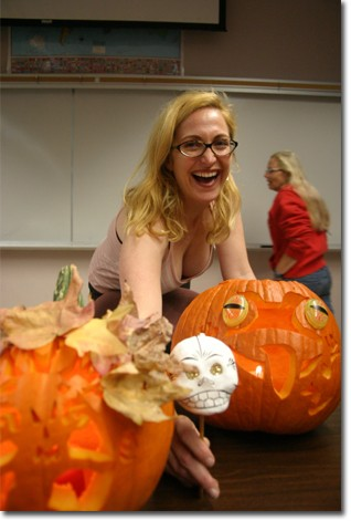 Wendy Fonarow judged a pumpkin carving contest sponsored by the Classified Council and gave a lecture on the difference between Day of the Dead and Halloween.