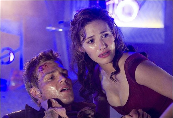Mike Vogel and Emmy Rossum star in Poseidon.