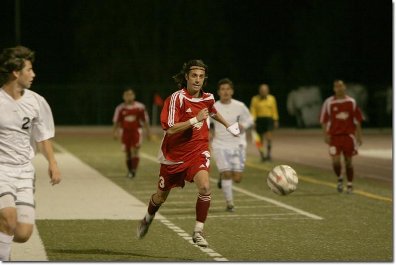Vaqueros captain Dino Barbiera hustles to retrieve the ball from Moorpark.