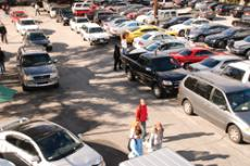 The first few weeks into the semester are always a hassle for students in all parking lots.
