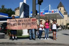 The Mobil station at the corner of Mountain Street and Verdugo Road was the site of a Sociology 101 class protest over the high price of gasoline and the Bush administration policies.