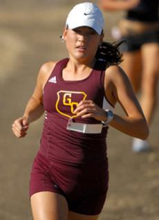 Vivien Wadecks time of 17:59.2 paced the SoCal Champ Lady Vaqs.