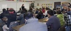 !Adelante! es un programa de ESL para estudiantes que hablan español  como primer idioma.