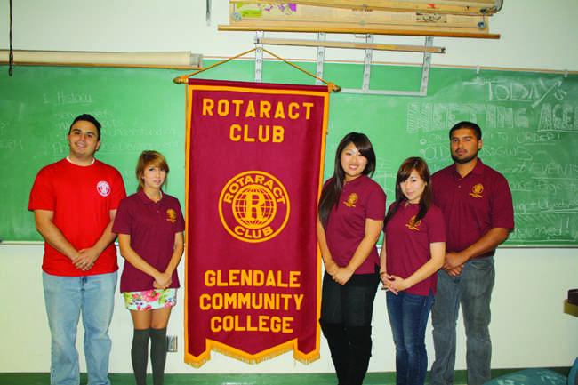 Rotaract+Club%2C+Global+Water+Brigade+Unite+for+Volunteer+Project