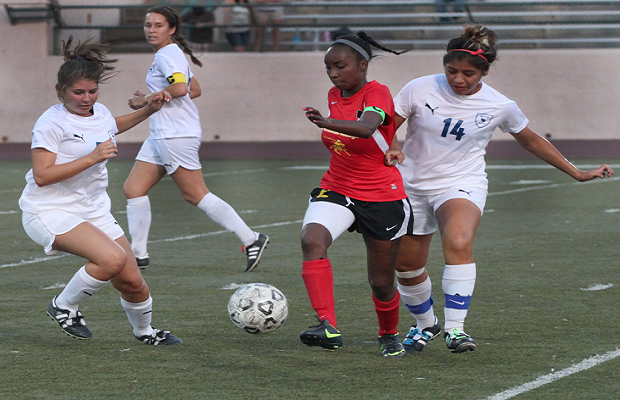 Women's Soccer Stumbles Again