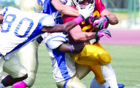 Vaqueros Lose Game in Broad Daylight