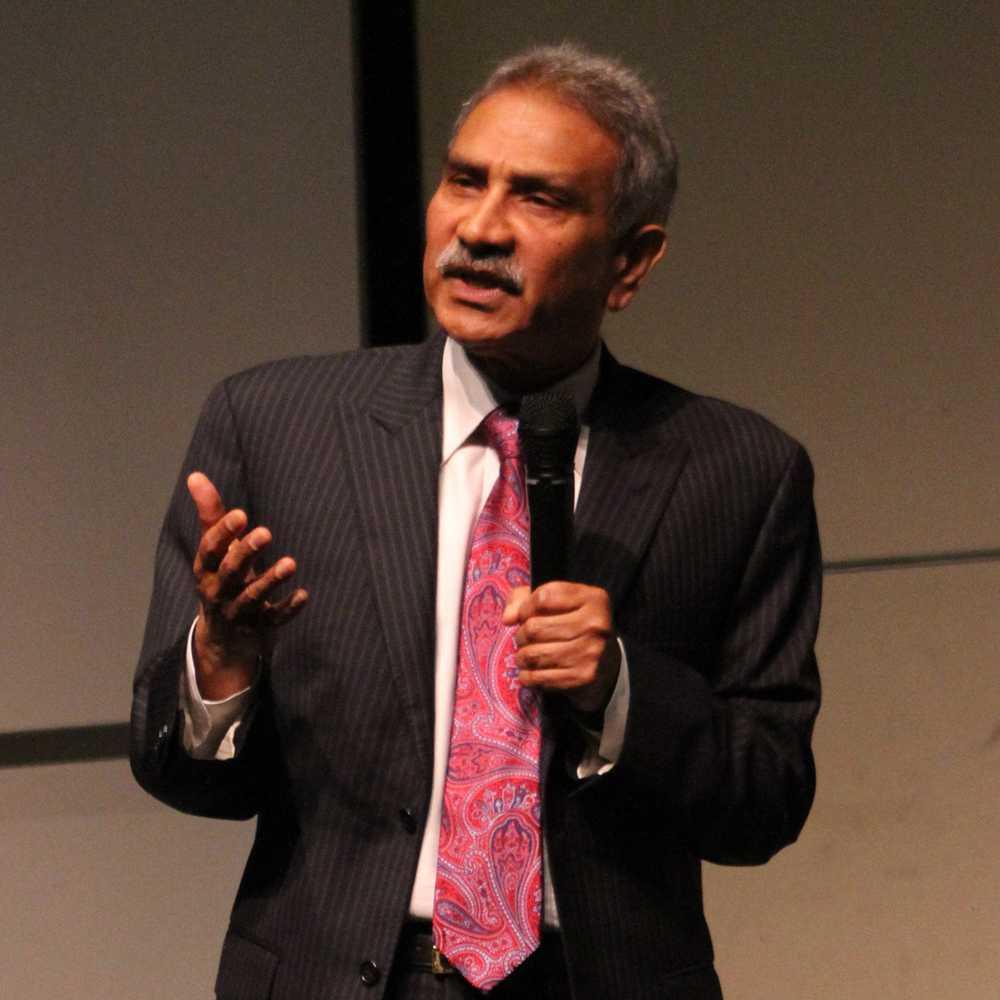 Rajen Vurdien, the current president of Fullerton College, speaks about his platform at the GCC presidential forum.