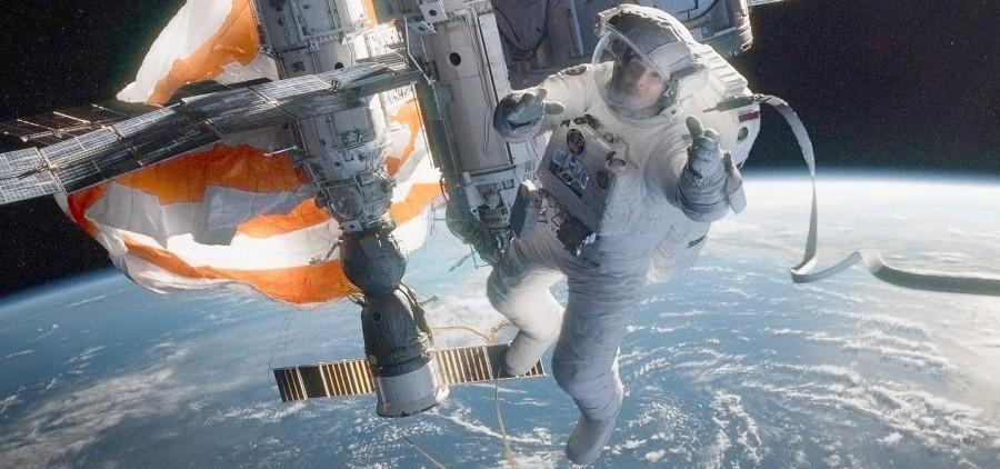 Cuarón's 'Gravity' Defies Expectations