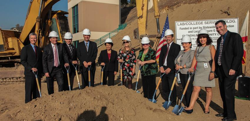 President+and+Trustees+Attend+Groundbreaking+Ceremony