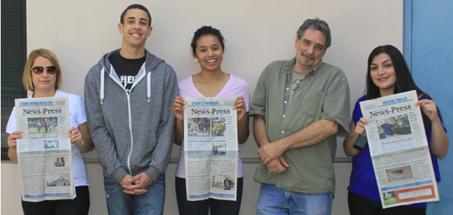Student+journalists+contribute+to+the+Glendale+News-Press%3A%0AKathy+Bakowicz%2C+from+left%2C+Jonathan+Williams%2C+Alexandra+Duncan%2C+Sal+Polcino++and+Agnessa+Kasumyan.%0A