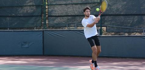Vaquero Tennis Takes Conference Title