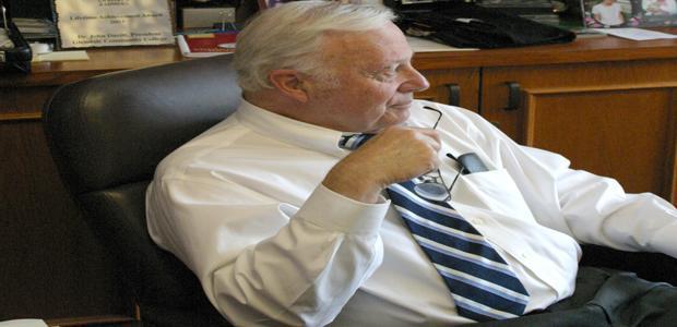 Former+GCC+President+Dies+at+81