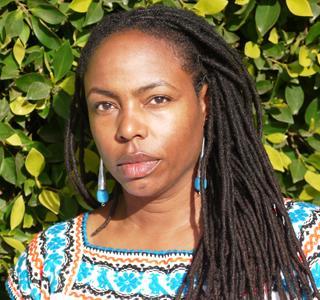 Acclaimed Author Explores Cultural Diversity