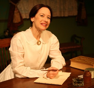 One-Woman Show Brings Reclusive Poet to Life