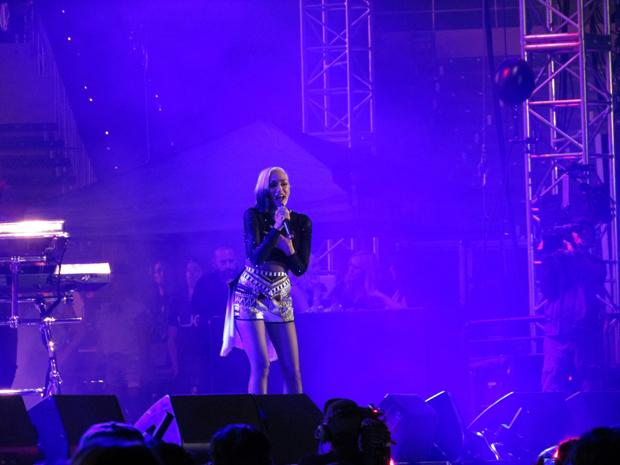 ONE-DAY FESTIVAL: Gwen Stefani captivates the crowd at the StubHub Center in Carson on Saturday.