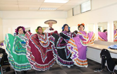 Ballet Folklorico Brings GCC a Splash of Color