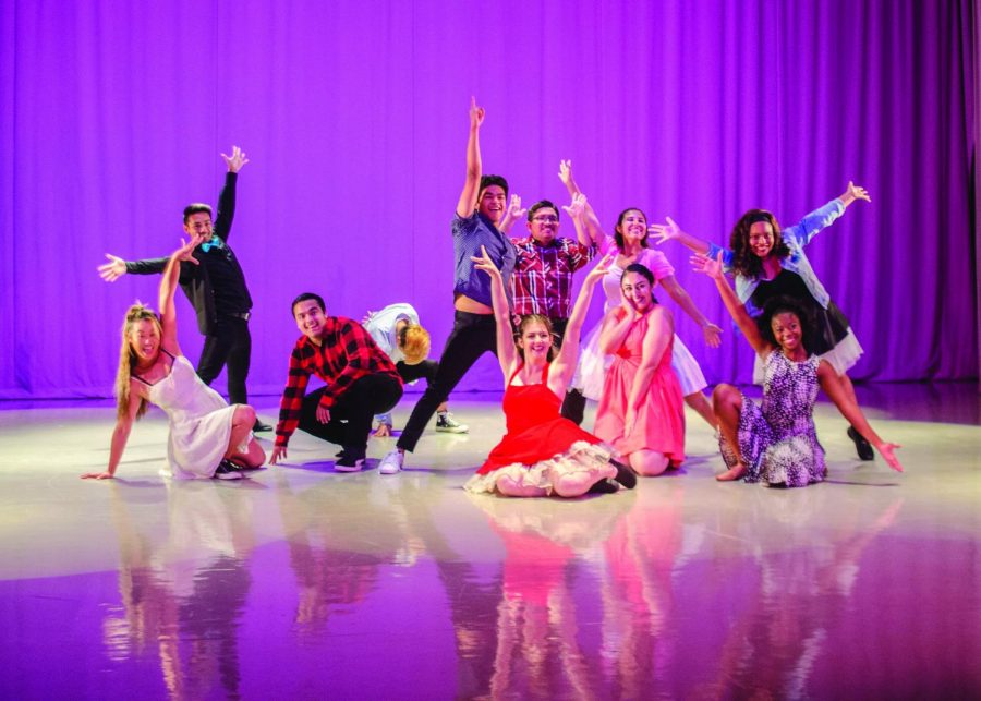 GCC%E2%80%99s+Dance+Club+members+receive+the+audience%E2%80%99s+applause+in+their+final+pose.+