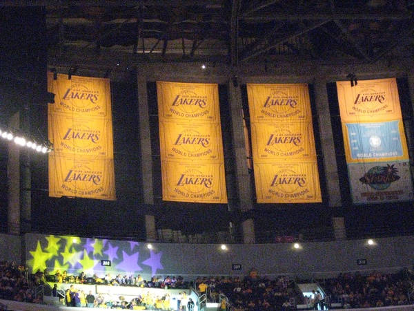 Lakers' Quest for Championship Banner 18